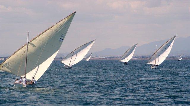 Embarcaciones de vela latina