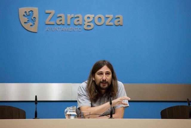 El concejal de Deportes, Pablo Híjar, en rueda de prensa este lunes