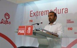 """Morales exige a los partidos extremeños que """"acompañen"""" al PSOE en la mejora de las cuentas a través de enmiendas"""