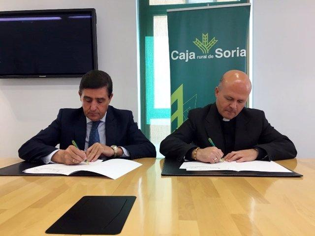 Carlos Martínez y a la derecha Francisco Javier Ramírez.