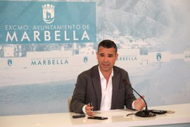 Grupos políticos del Ayuntamiento de Marbella proponen al Gobierno central un convenio para arreglar las playas