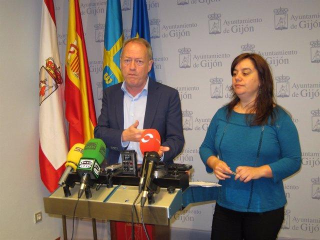 Martín y Rodríguez, en rueda de prensa.