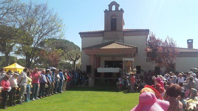 LA Ermita Y La Virgen De Sacedón