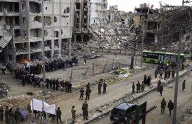 Comienza la evacuación de un nuevo grupo de milicianos rebeldes y sus familias de Homs