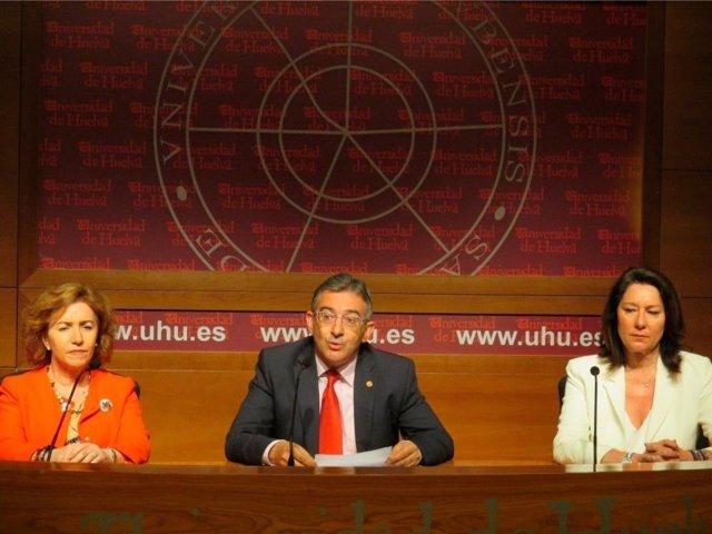 El rector de la UHU, Francisco Ruiz, hace balance de su mandato.