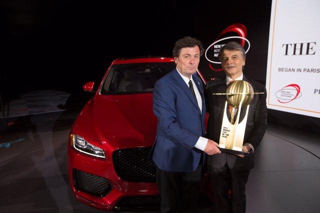 Premio Mejor Coche Mundial del Año para el Jaguar F-Pace