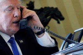Trump telefonea a Erdogan para felicitarle por el resultado del referéndum