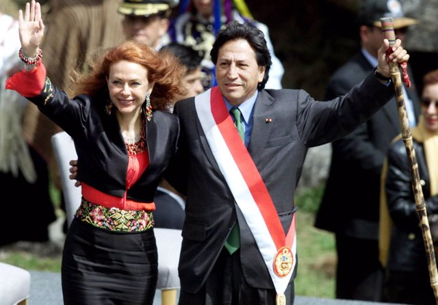 Ex presidente de Perú Alejandro Toledo y Eliane Karp