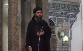"""Irak afirma que Al Baghdadi se encuentra en Siria, donde se mueve """"libremente"""""""