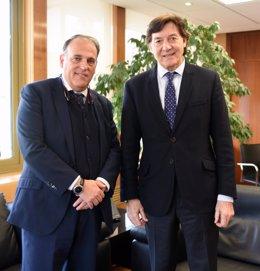 Los presidentes de LaLiga, Javier Tebas, y del CSD, José Ramón Lete