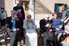 Benedicto XVI celebra su 90 cumpleaños con una fiesta bávara
