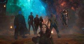 """Primeras reacciones a Guardianes de la Galaxia Vol. 2:  Baby Groot  """"brilla""""  en  """"tu nueva película de Marvel favorita"""""""