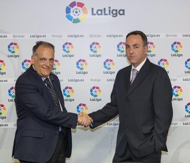 Javier Tebas firma un acuerdo con ProLiga para Segunda B y Tercera