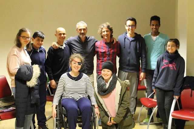 Grupo de adolescentes con cáncer realiza un corto para compartir historias