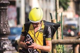 Bollé apuesta por la incorporación de un código QR en su casco Messenger ante el Día Mundial de la Bicicleta