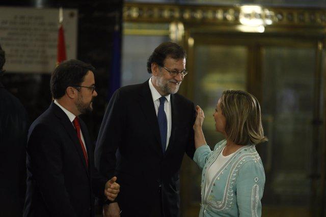 Rajoy con la diputada de Coalición Canaria, Ana Oramas en el Congreso