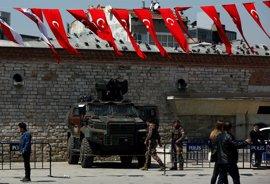 El Parlamento turco aprueba extender tres meses más el estado de emergencia
