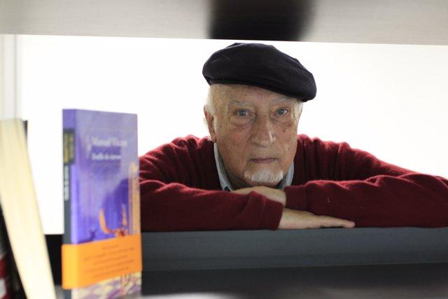 Manuel Vicent presenta el libro El desfile de ciervos
