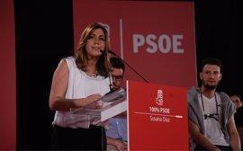 """Susana Díaz pide apoyo para llevar al PSOE a La Moncloa """"por la puerta principal"""" y sin """"imitar"""" a Podemos"""