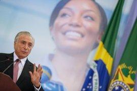 """Temer llama a los políticos brasileños a """"resistir"""" frente a las investigaciones sobre Petrobras"""