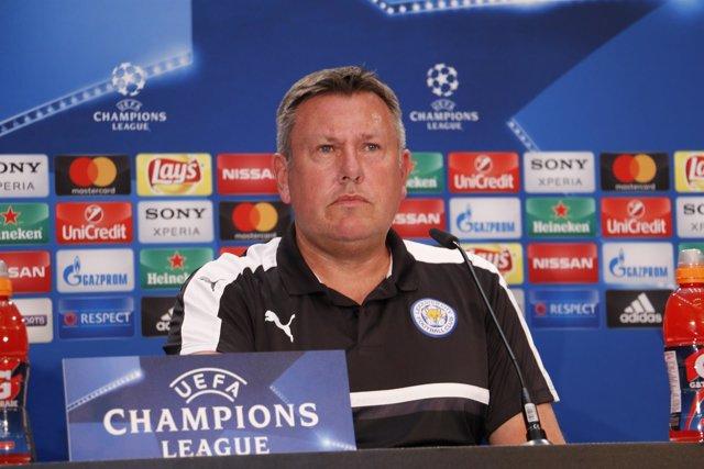 El Entrenador Del Leicester FC Craig Shakespeare
