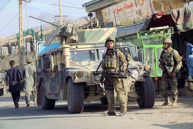 Fuerzas afganas en Kunduz