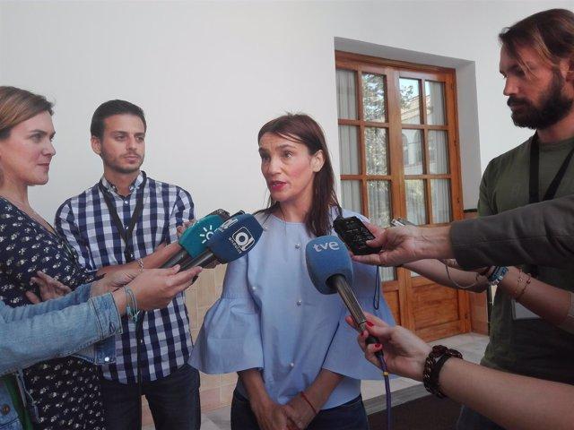 La diputada del PSOE-A Olga Manzano