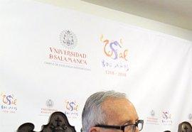 García Baena, nuevo Honoris Causa de la USAL, defiende la libertad de los poetas por encima de corrientes o grupos