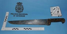 Detenido en Burgos tras ser sorprendido cuando intentaba robar en un piso y amenazar a los agentes