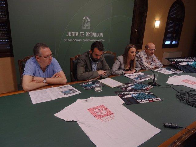 Ruiz y Mayoral (centro), junto a los coordinadores de la Gymkhana