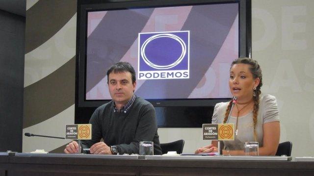 Diputados de Podemos en la rueda de prensa