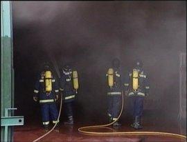 """Formalizada la convocatoria de """"huelga"""" de los bomberos de Sevilla para la Feria"""