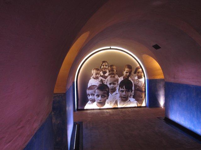 Refugio antiaéreo de la casa consistorial de València restaurado.