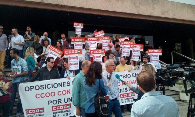 Concentración de profesores de conservatorio en Málaga