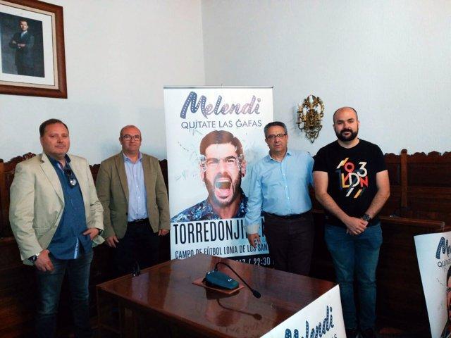 Presentación del concierto que Melendi ofrecerá en Torredonjimeno.