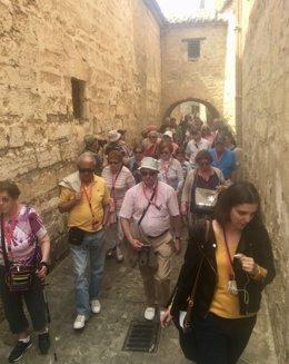 Turistas por las calles de Baeza