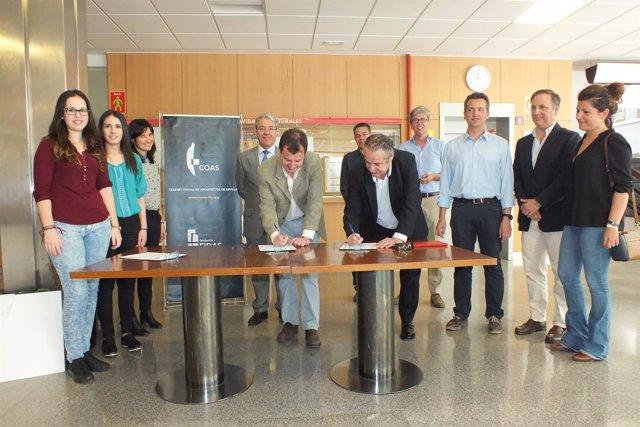 Inicio de la campaña de recogida de firmas de los arquitectos