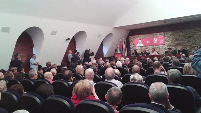 Acto en apoyo a Pedro Sánchez en Vigo