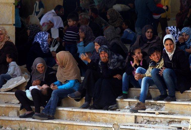 Personas evacuadas durante la jornada de Fua y Kefraya