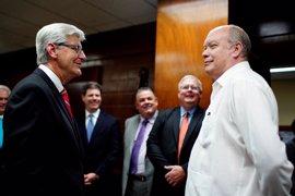 El gobernador de Misisipi urge a Trump a retomar el diálogo con Cuba