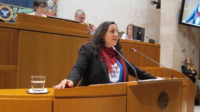 La diputada de Podemos Marta de Santos.