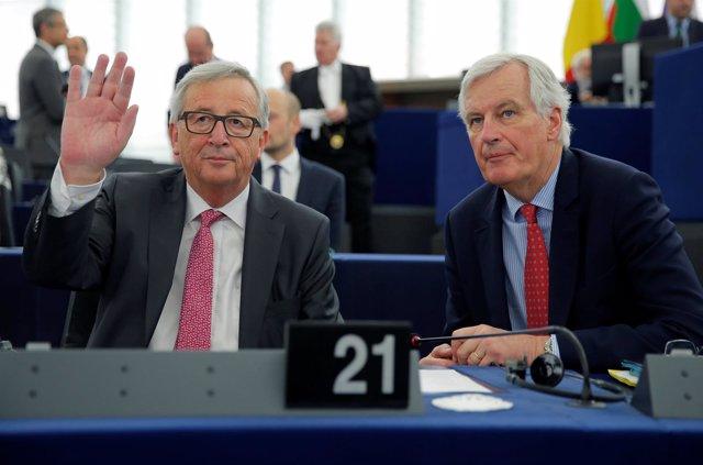 Jean-Claude Juncker y Michel Barnier