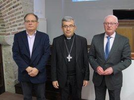 Iglesia de Valladolid invita a los fieles a marcar las dos casillas en su declaración para continuar con su labor social