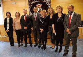 """Catalá pone en valor la """"gran trascendencia"""" de la actividad investigadora de la UCLM"""