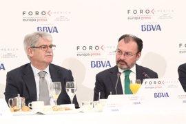 España y México defienden mantener a sus embajadores en Venezuela para que sigan recabando información
