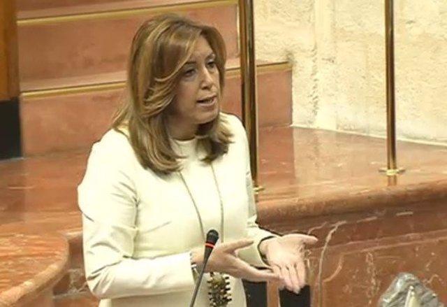 Susana Díaz interviene en el Pleno del Parlamento