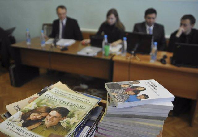 Libros de los Testigos de Jehová en Rusia