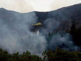 Cuatro incendios forestales activos en Cantabria