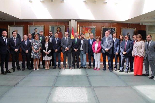Reunión de diputaciones, cabildos y consejos insulares en Ibiza