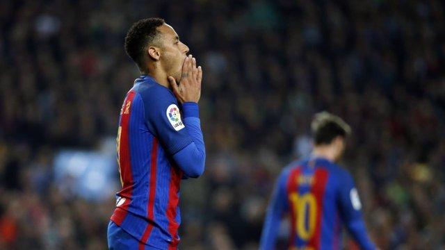 Neymar se lamenta